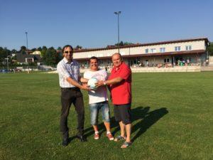 Matchball gesponsert von Bürgermeister Manfred Zeismann
