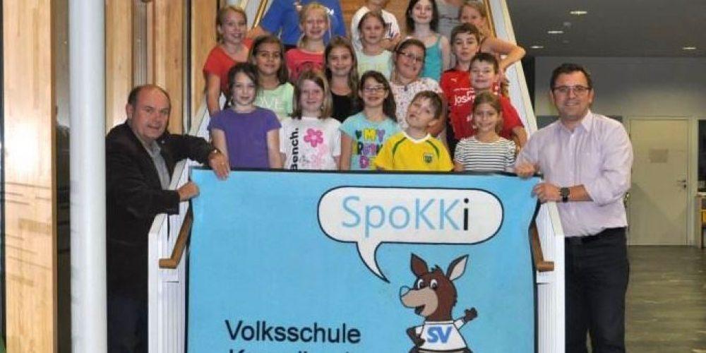Volksschule erhält SpoKKi Fußmatten